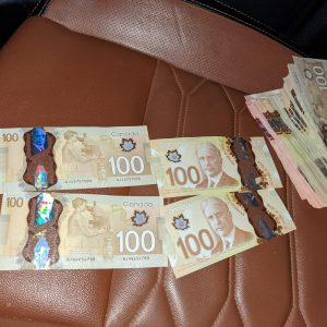 counterfeit canadian one hundred dollar bills,
